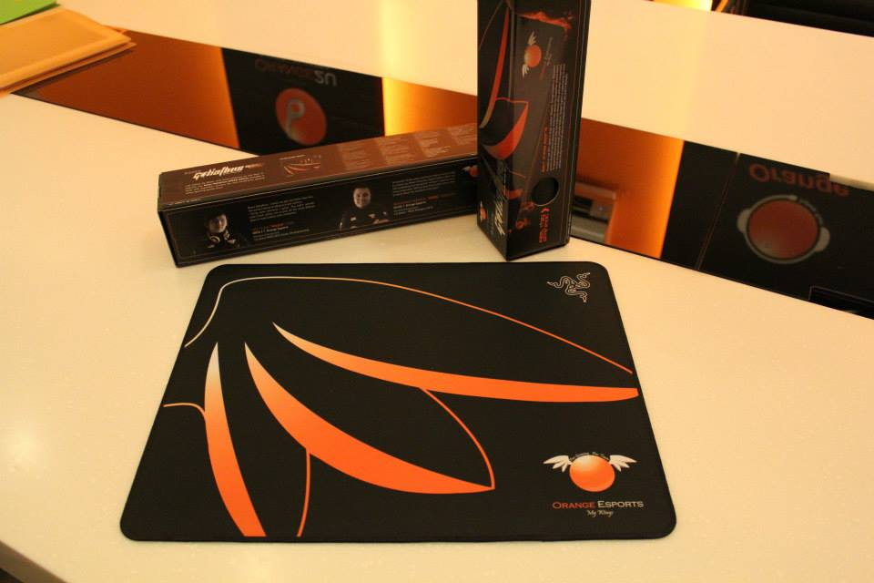 Orange Razer Goliathus